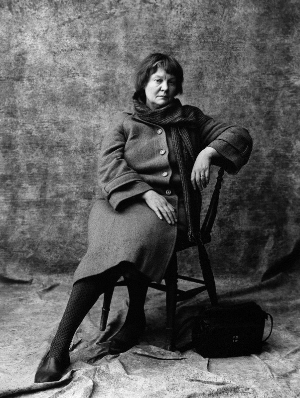 The portrait of Iris Murdoch by Lord Snowdon, November 1980