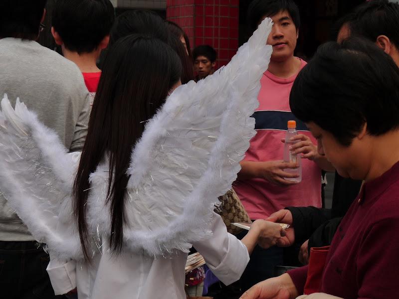 TAIWAN . Taipei De Shandao Temple jusqu à T 101 à pied... - P1160396.JPG