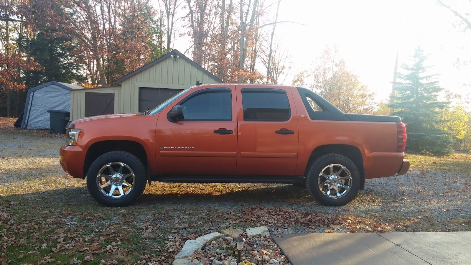 Avalanche 2002 chevy avalanche lift kit : 08 Avalanche with Level Kit, 20