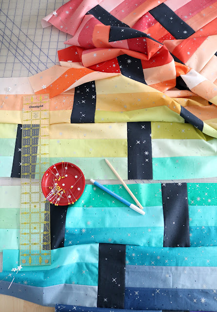Fast Track quilt pattern - a quick and easy quilt pattern by Andy of A Bright Corner