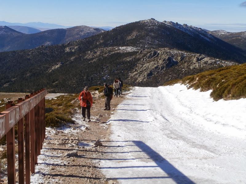 Alternamos montaña con carretera por el hielo