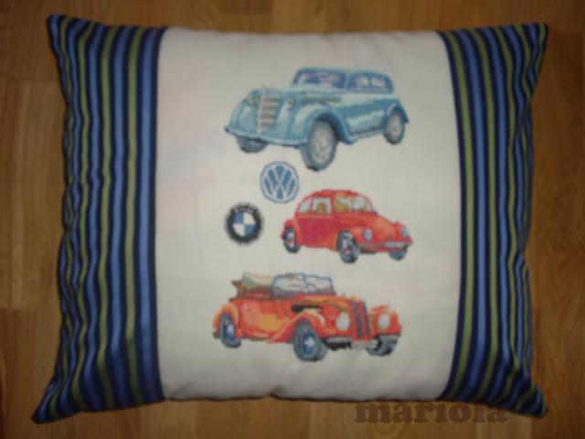 Poduszka z samochodami
