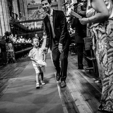 Fotógrafo de bodas Gabriel Sánchez martínez (gabrieloperastu). Foto del 19.12.2017