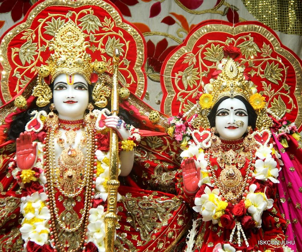 ISKCON Juhu Sringar Deity Darshan on 28th June 2016 (52)