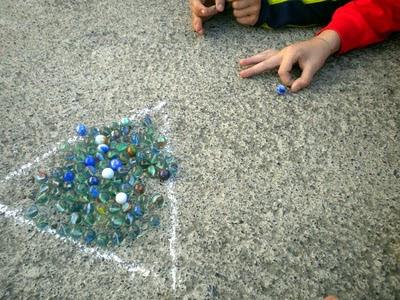 juegos tradicionales canicas Abrucena