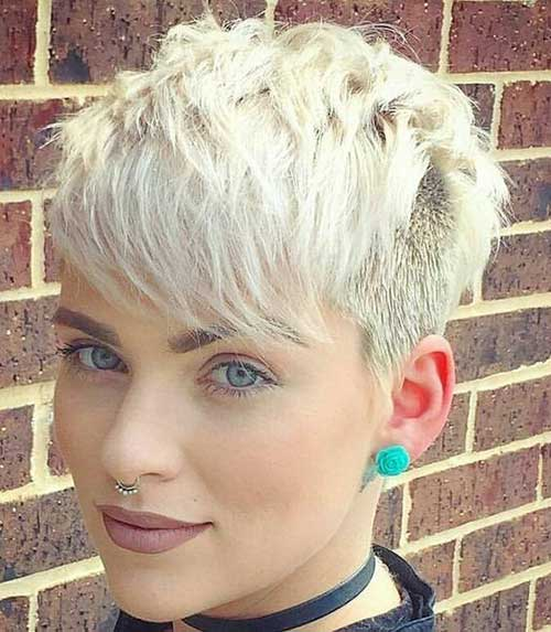 Layered Short Haircuts For Woman In 2018 4