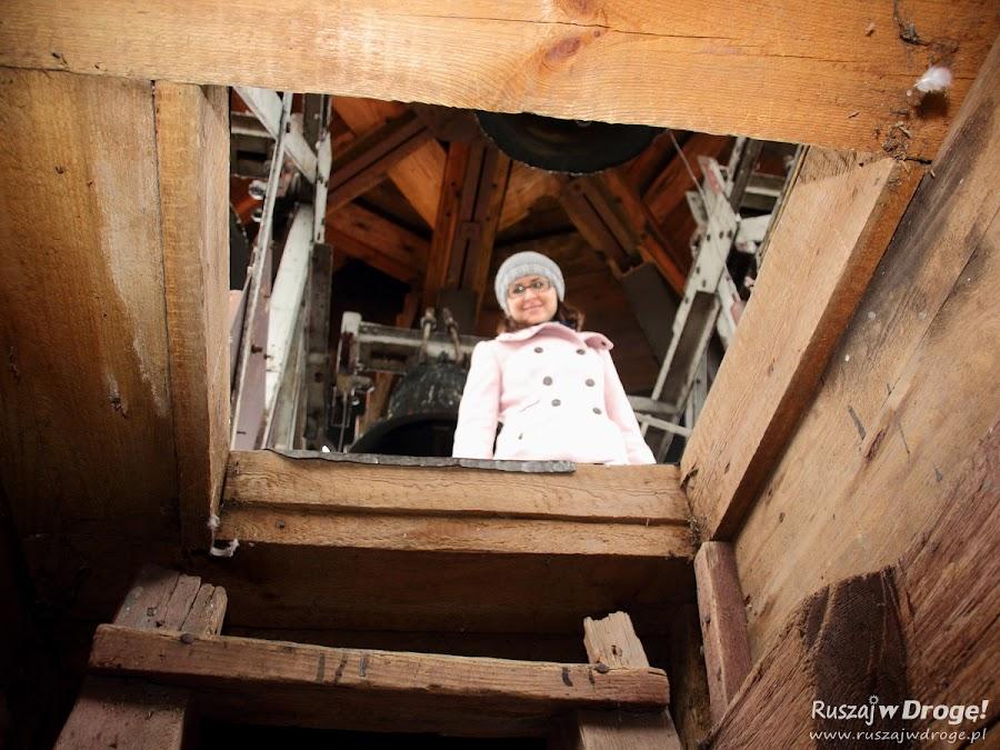 Poddasze Katedry Pelplin - wejście na dzwonnicę
