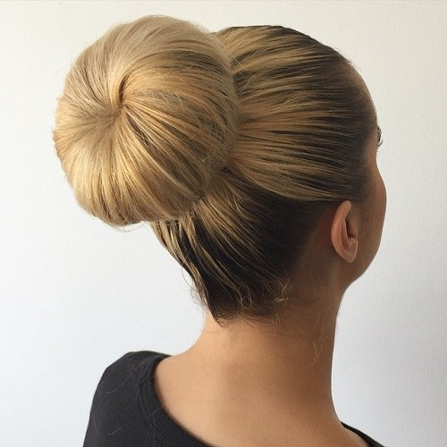 The Trendy Bun Hairstyles For Casual And Formal In Current Year 2017 21