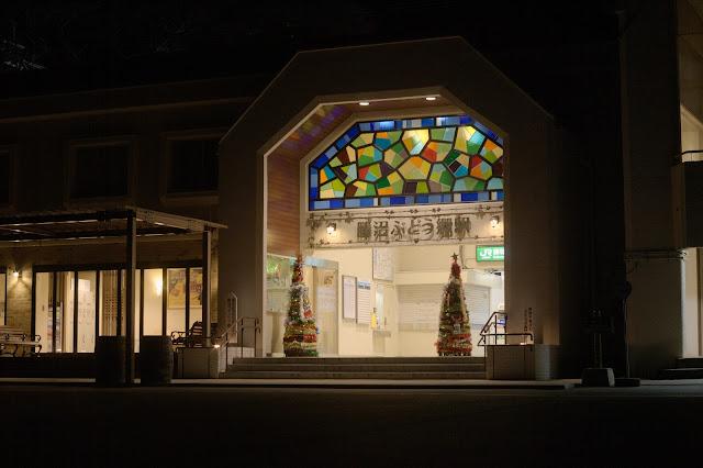 勝沼ぶどう郷駅 夜