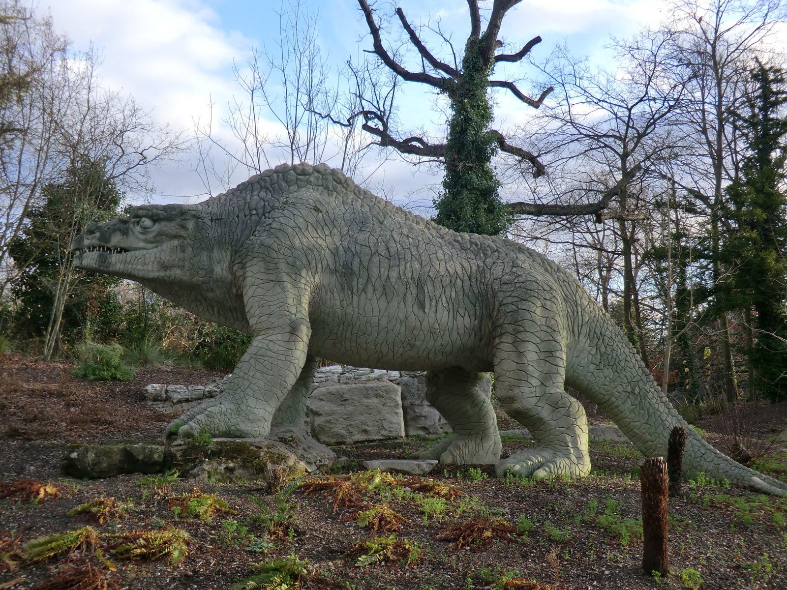 CIMG1499 Megalosaurus, Crystal Palace Park