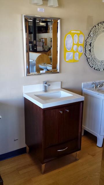 Bathrooms - 20140116_114822.jpg