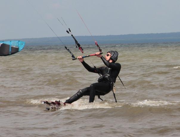 Alex Lesli Pua Struggles With The Waves Again, Alex Lesley