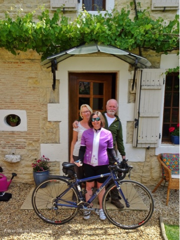 La Vie en Rose B&B, Champagne-Mouton French Village Diaries cycling Charente