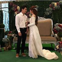Gambar dan video pertunangan Amyra Rosli dengan Amar