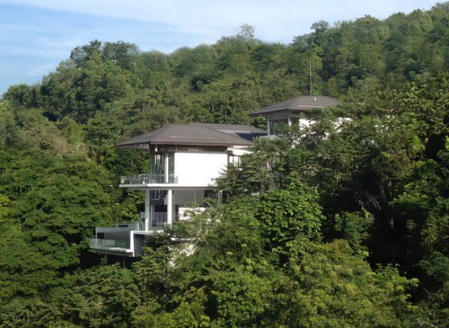 Be-Landa House ngôi biệt thự trên sườn núi dốc