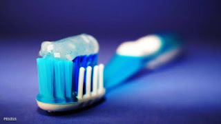 سنوات من الاعتقاد الخاطئ.. كيف نستخدم معجون الأسنان؟#أسنان,#صحة الأسنان,#فرشاة الأسنان,#معجون الأسنان
