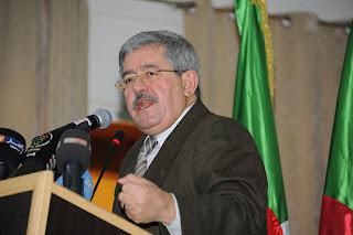 Ouyahia inaugure la campagne électorale 2017 sur facebook