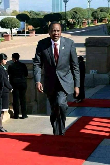 Uhuru to make shocking cabinet reshuffle, Both Ruto and Uhuru allies  to be affected