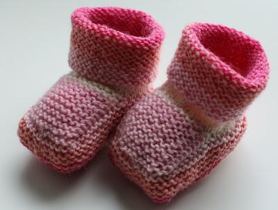 Pinkki-valkoiset vauvantossut