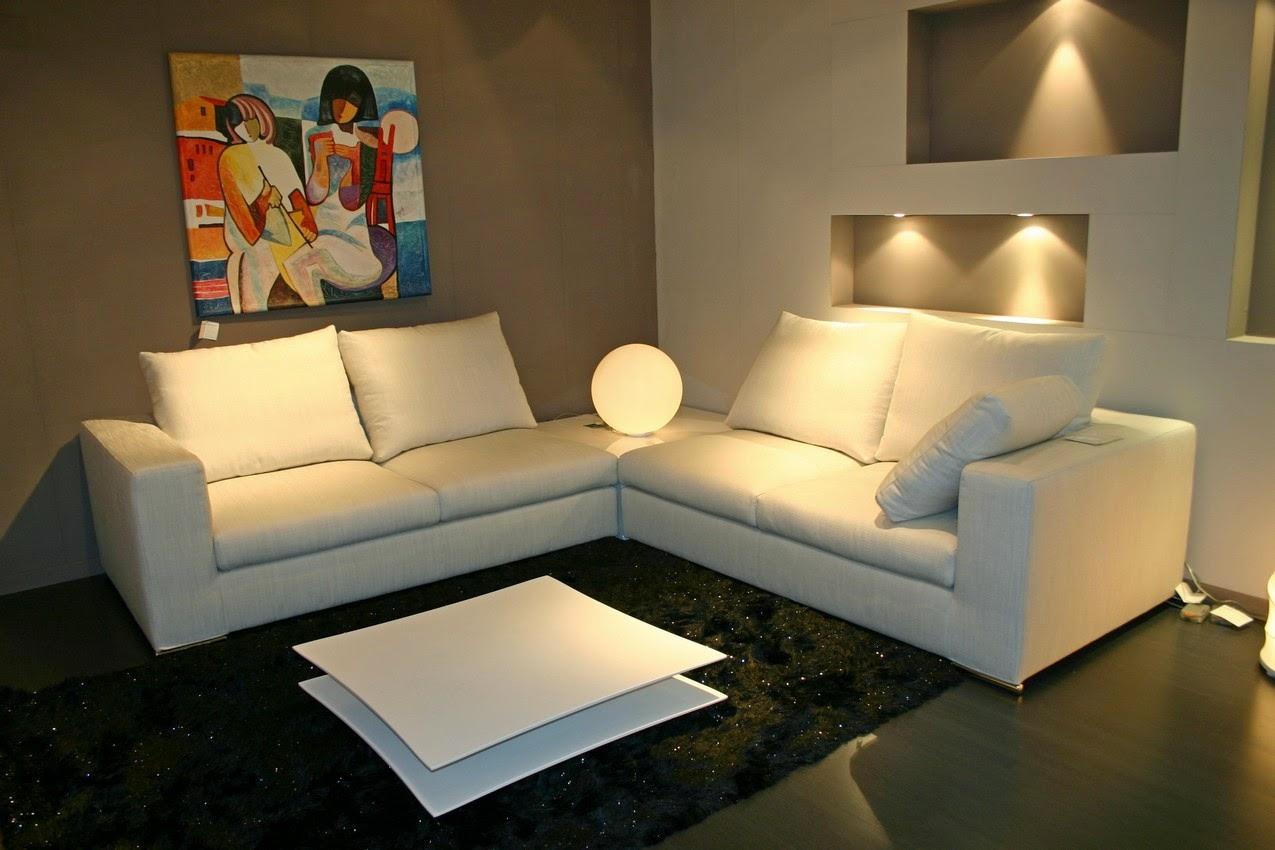 Salotti divani e poltrone in provincia di bergamo for Outlet divani