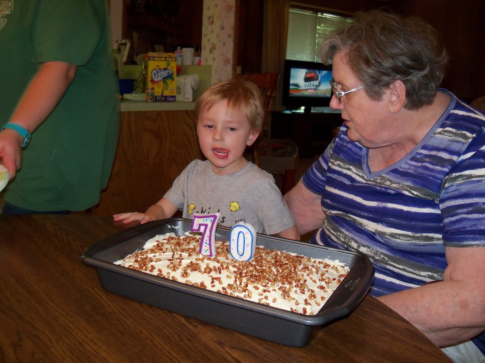 Moms 70th Birthday and Labor Day - 117_0102.JPG