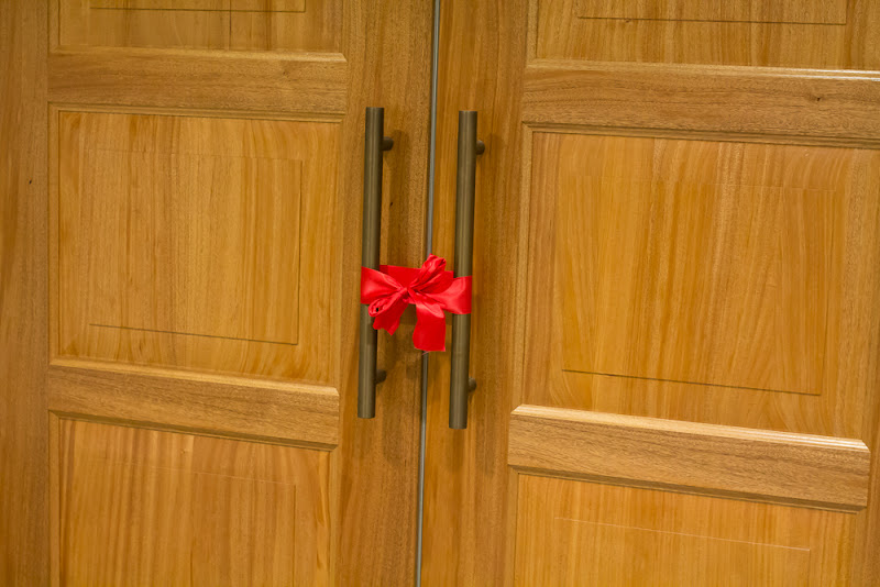 Day 2 A red ribbon on the temple doors
