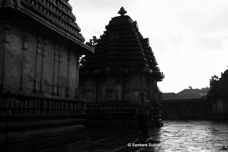 Reflections on the temple floor at Doddagaddavalli