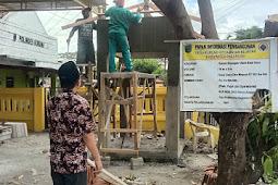 Demi Kenyamanan Pelayanan, Pemerintah Desa Kurung Merenovasi Ruang Kantor dan Memperindah Suasana Lingkungan