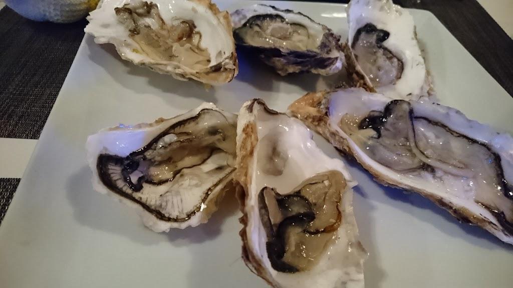 イタリアンカフェ Chiaro(キアロ)西千葉の生牡蠣の写真