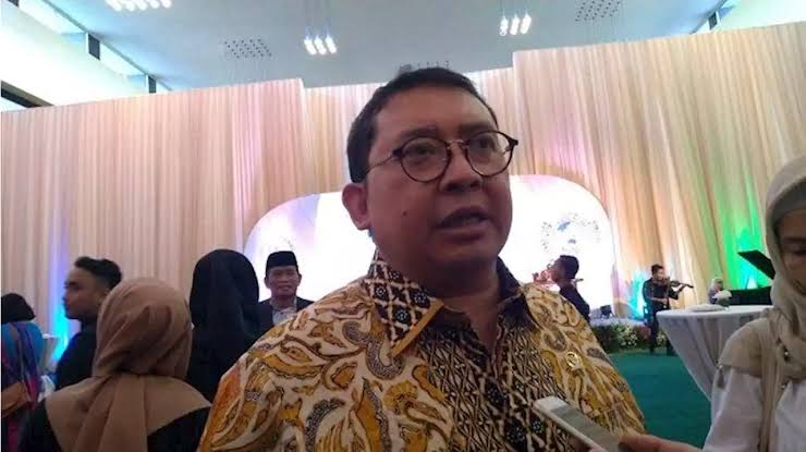 Jokowi Disebut Tunjuk Ahok Pimpin Ibu Kota Baru, Fadli Zon Beri Sindiran Menohok