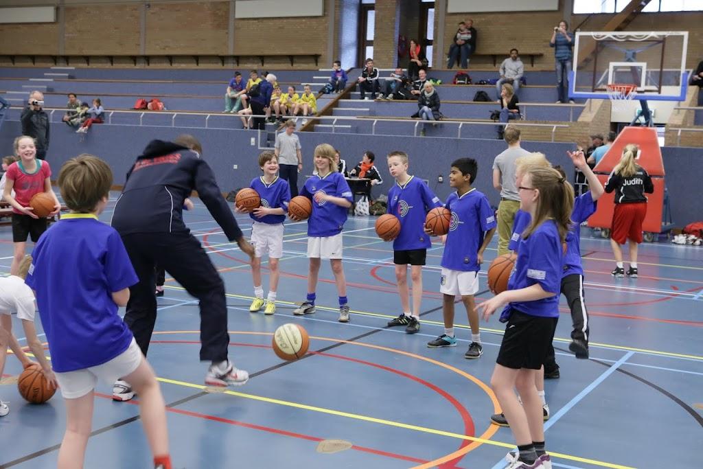 Basisschool toernooi 2013 deel 1 - IMG_2430.JPG