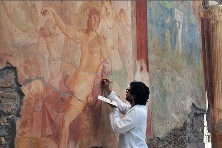 restauro adone ferito pompei