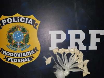 Dupla de Divino é presa e drogas são apreendidas pela PRF em Muriaé