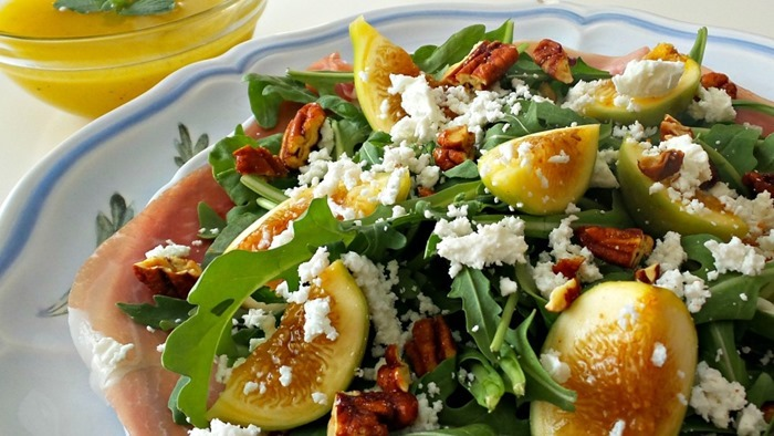 fig-and-arugula-salad-with-honey-lemon-dressing-1024x576