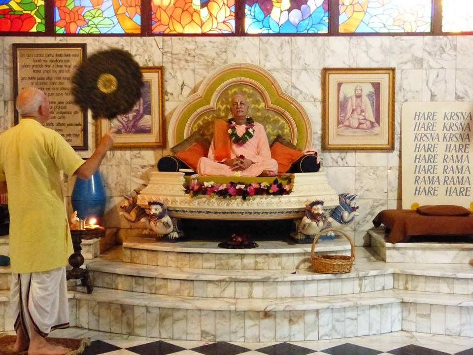 ISKCON New Govardhan Deity Darshan 12 Mar 2016 (4)
