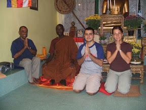 Conheça o album do Bhante Buddharakita em Uganda - http://picasaweb.google.com/buddharakkhita
