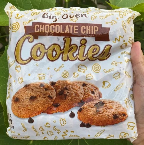 A pack of ChocoVron Big Oven chocolate chip cookies