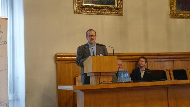 Konferencja Metody geofizyczne w archeologii polskiej (fot. J. Karmowski, K. Kiersnowski) - geof%2B%252810%2529.JPG