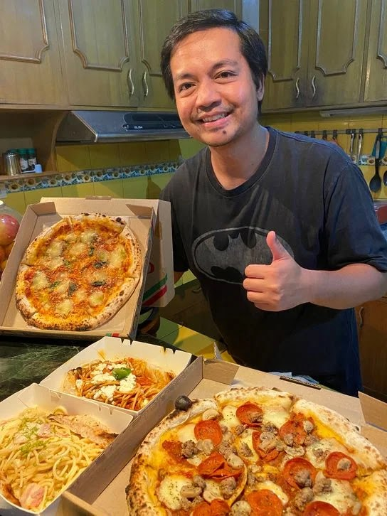 Trying the pizza and pasta dishes from Rodolfo Pizzeria