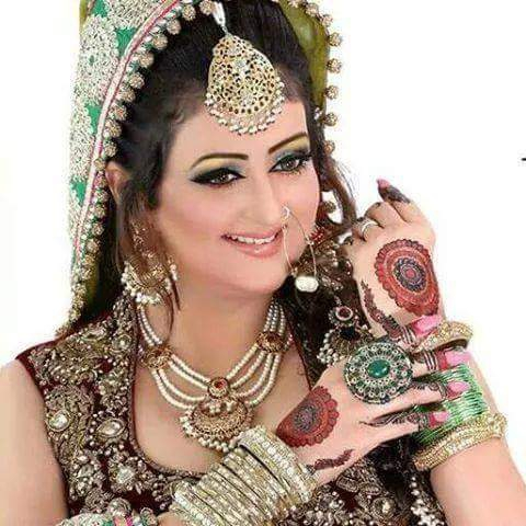 Beautiful Bride Awesome  Photos