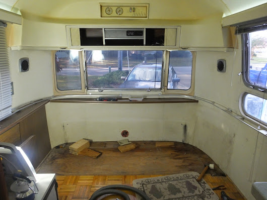 Recliners?  Point me in the right direction - Airstream Forums