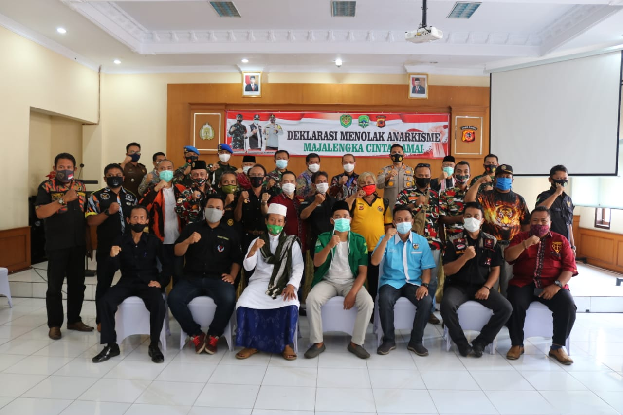 Unsur Forkopimda Kabupaten Majalengka Bersama Ormas Dan LSM Deklarasikan Cinta Damai