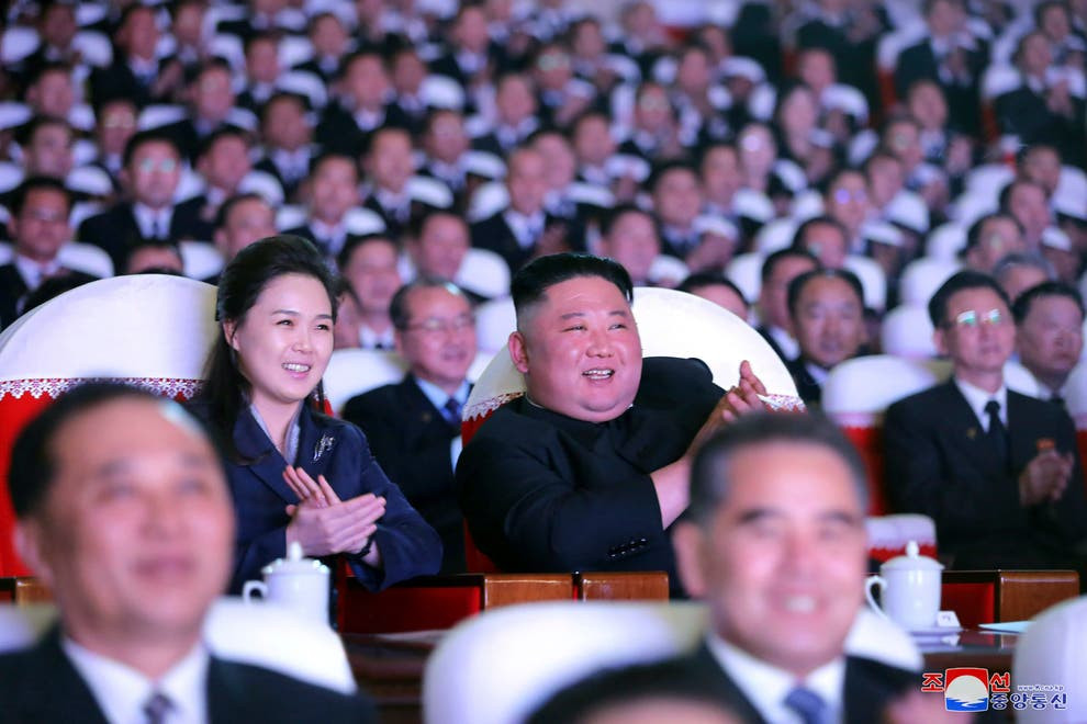 North Korean leader, Kim Jong-un's wife reappears in public after 'vanishing' for more than a year (photos)