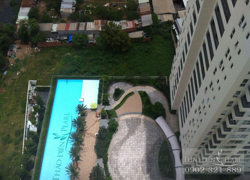 view hồ bơi tại căn hộ thảo điền pearl