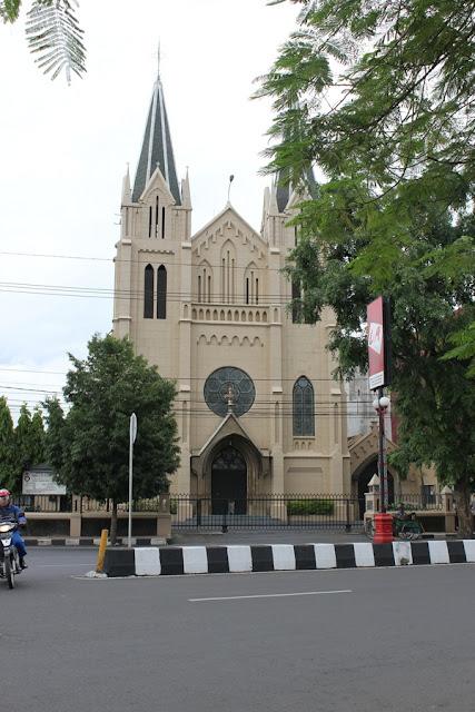 Gereja Kayutangan