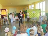 Csiribiri tábor megnyitója - Szarka Andrea és a mesejáték.JPG