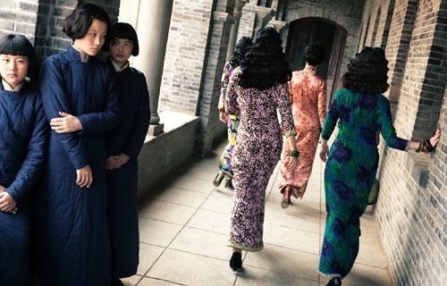 Xem Phim Kim Lăng Thập Tam Thoa - The 13 Flowers Of War