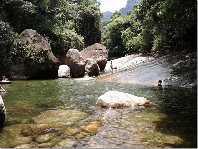 cachoeira-do-escorrega-barreira