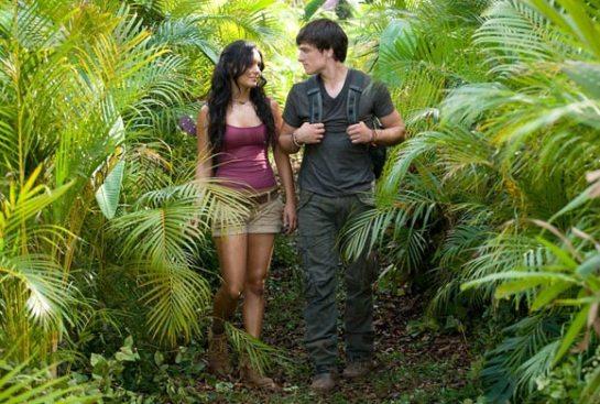 Vanessa Hudgens & Josh Hutcherson