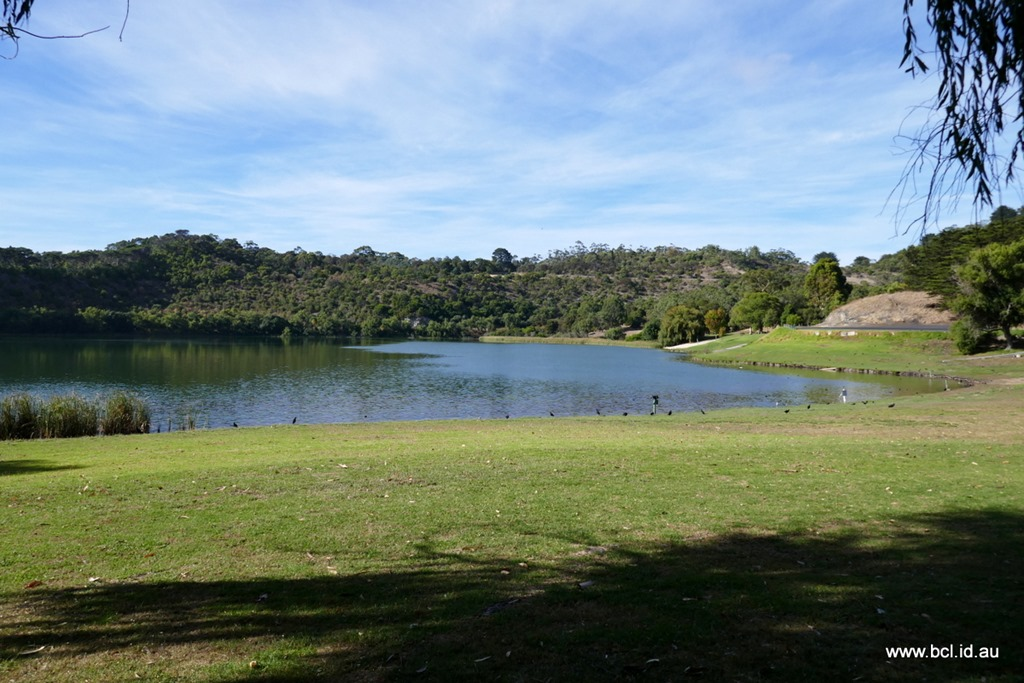 [190304-028-Valley-Lake-Mt-Gambier3]